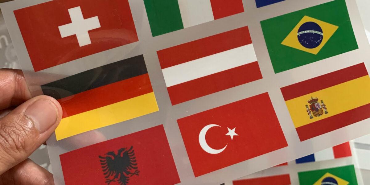 Finde Flaggen zum Aufbügeln